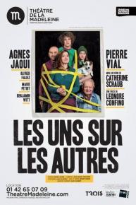 les_uns_sur_les_autres
