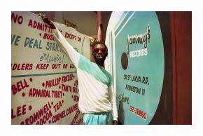 3-Scatter devant le studio de King Jammy 1987  Beth Lesser