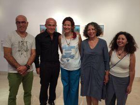 Sadika Keskes Olivier Poivre dArvor ambassadeur de France et les artistes Wadi Mhiri Houda Ghorbel et Mouna Jemal Siala