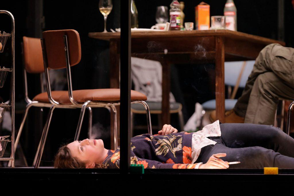 trois soeurs tchekov odeon theatre critique artistik rezo paris