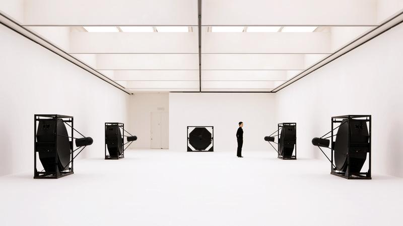 Ryoji ikeda exposition mutation creation centre pompidou artistikrezo paris