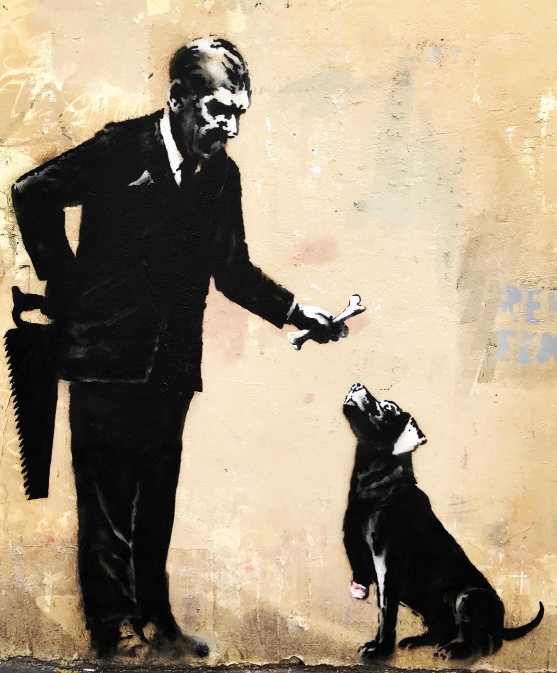 Une oeuvre de Banksy derrière le Bataclan