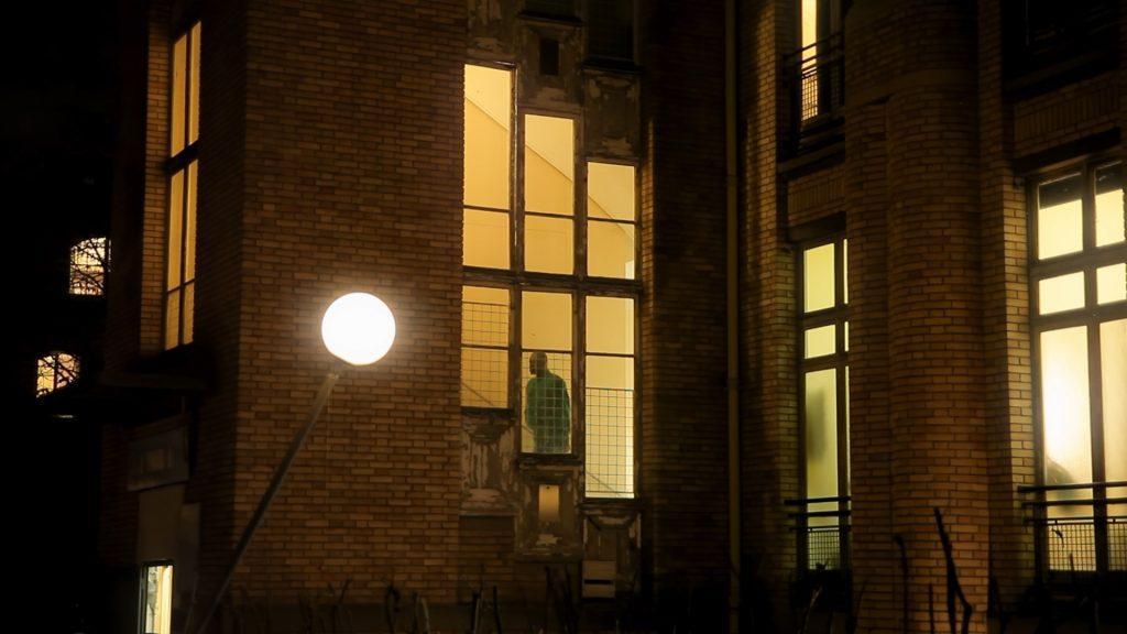 Les_grands-voisins_la_cité_rêvée_documentaire_bastien_simon_production_la_vingtcinquième_heure