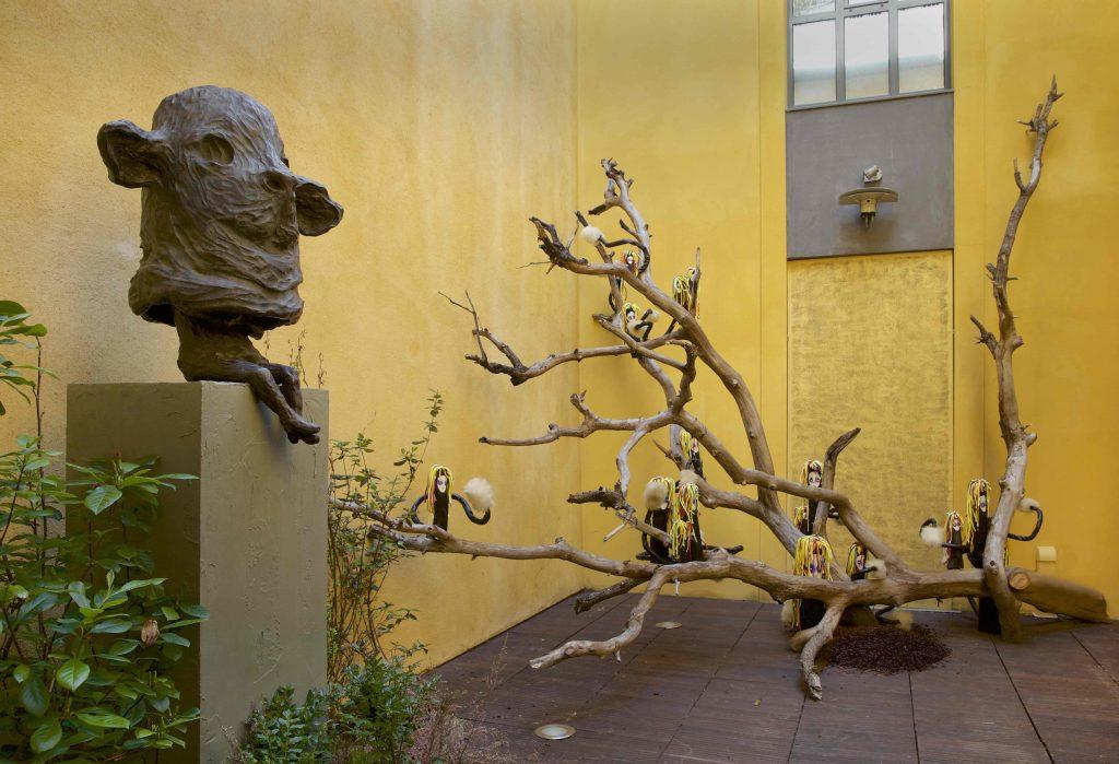 Bêtes-de-scene-Vue-de-patio-On-reconnait- l'oiseau-à-son-chant © Franck Couvreur