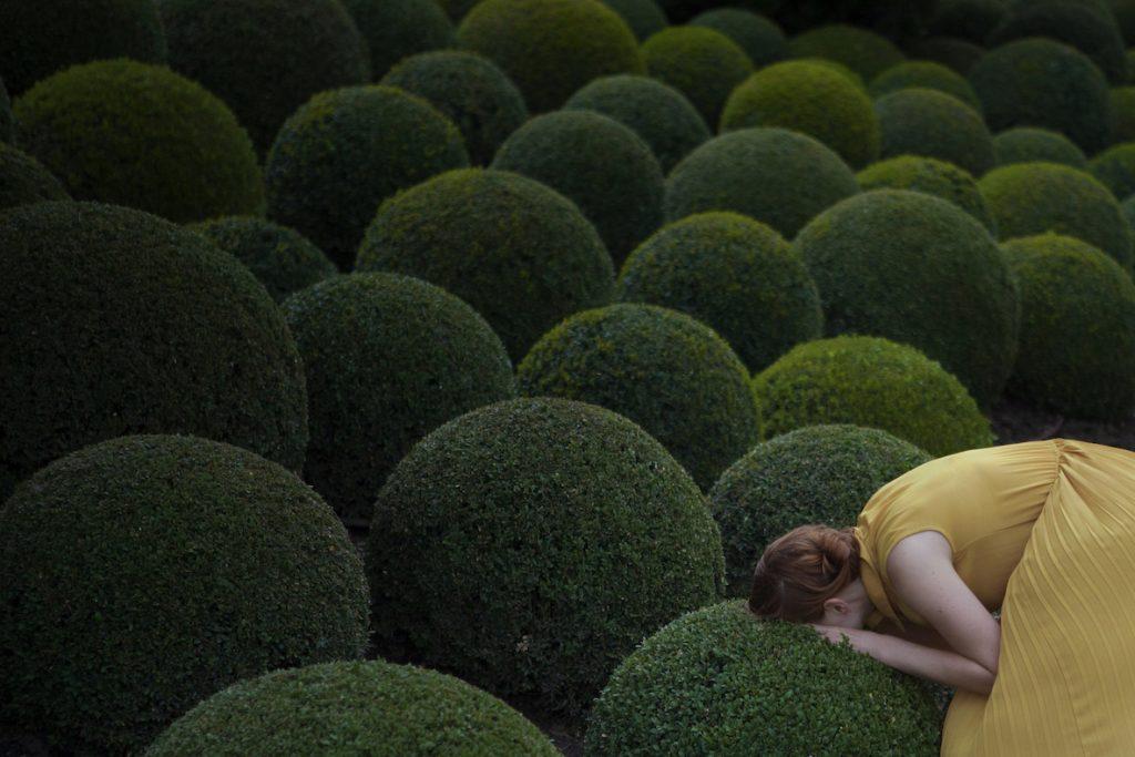 Maia Flore, Jardin jaune, 80x120cm, édition de 5 © Maia Flore, VU'